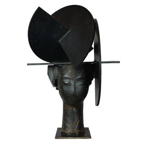 Juno 1 bronze sculpture by artist Manolo Valdés